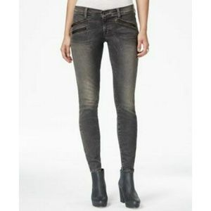 [Lucky Brand] Gray Wash Charlie Skinny Jeans